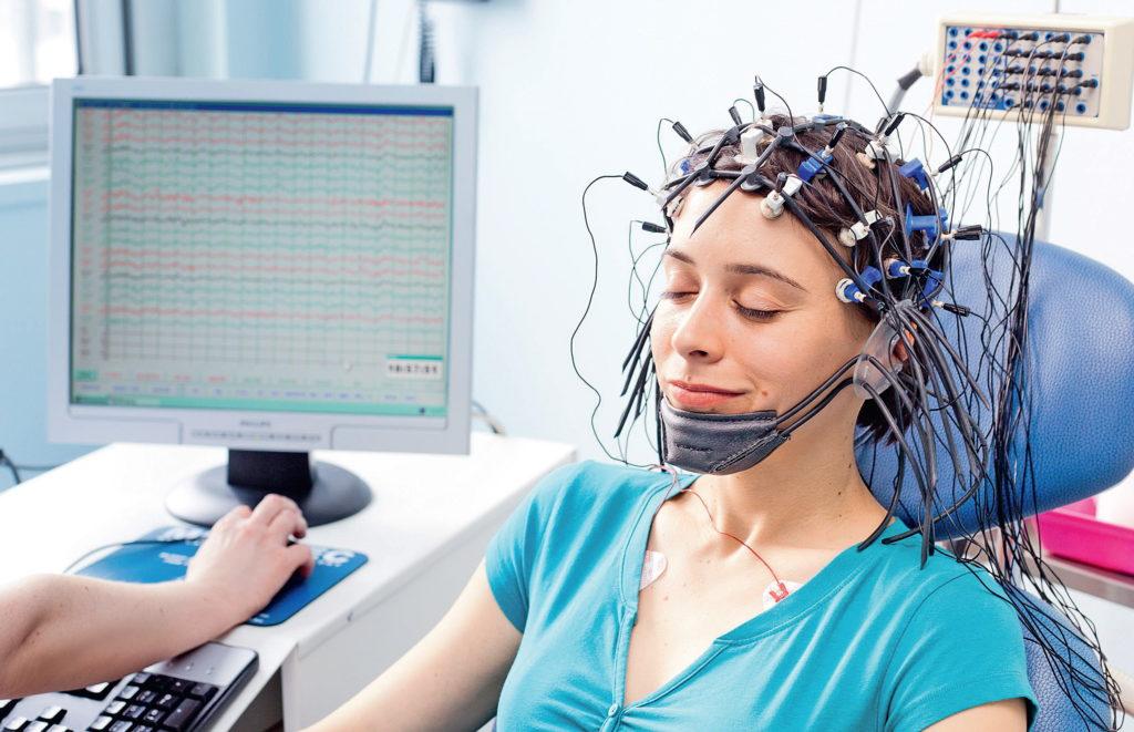 Что показывает ЭЭГ (электроэнцефалограмма) головного мозга?
